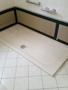 Neue Duschwanne statt alter Badewanne - altengerecht Wohnen